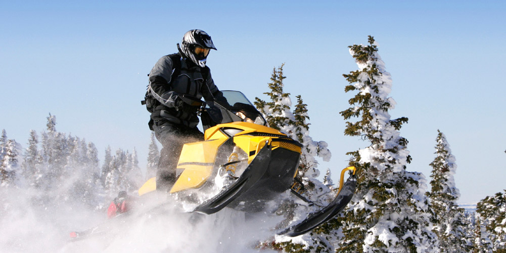 SNOWMOBILE PACKAGES AT UNION GAP'S BEST WESTERN, QUALITY INN & SUPER 8